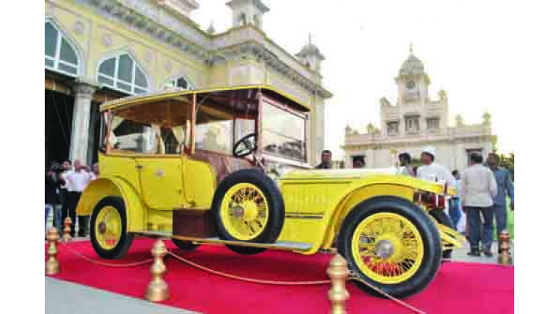 Vintage car belonging to Hyderabad's sixth Nizam damaged by Miscreants