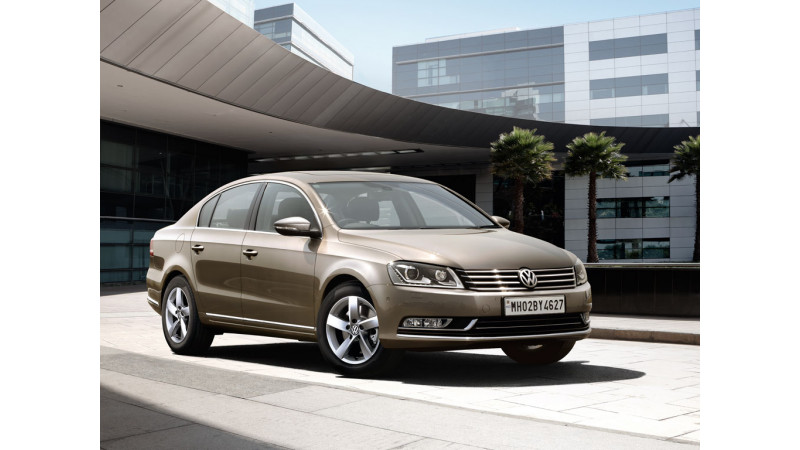 Volkswagen Passat to use Apollo Tyres for all variants