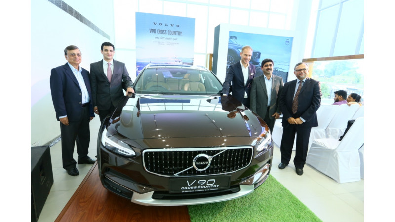 Volvo opens 4S dealership in Uttar Pradesh