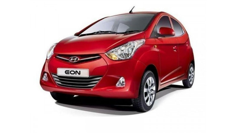 Hyundai introduces optional driver's side airbag for new variants of the Eon
