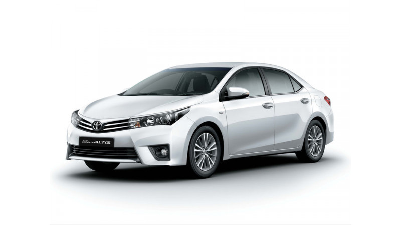 Toyota Corolla  Altis Limited Edition introduced for Rs 14.6 Lakh