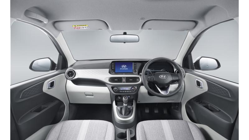 Hyundai Grand i10 Photos