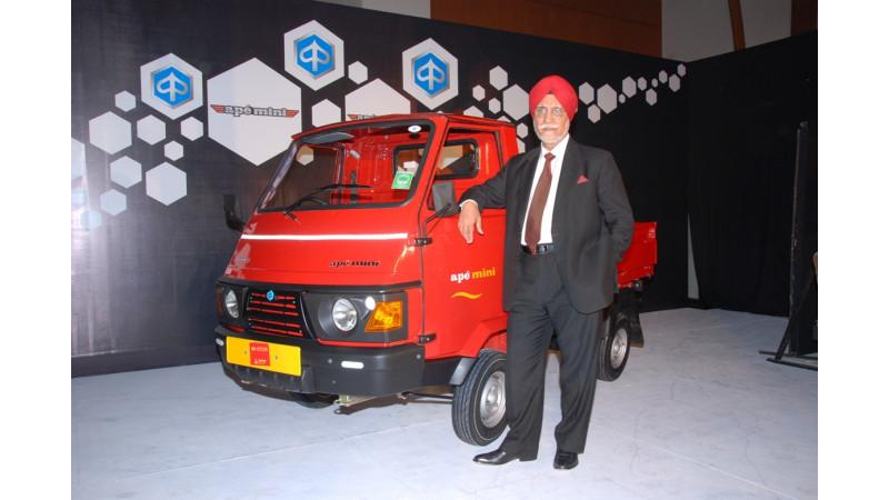 Piaggio Vehicles Ape Mini Half Tonne Truck Light Commerical Vehicle