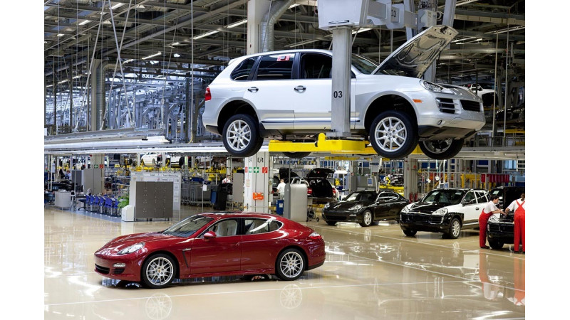 Sports Car Manufacturer reopens the Leipzig Plant to Visitors