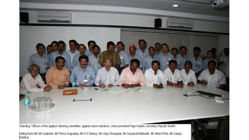 Wage agreement between Mahindra and Bhartiya Kamgar Sena Union