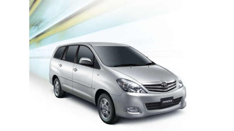 Toyota Plans to Launch CNG Innova