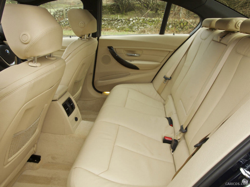 Bmw 3 Series Photos Interior Exterior Car Images Cartrade