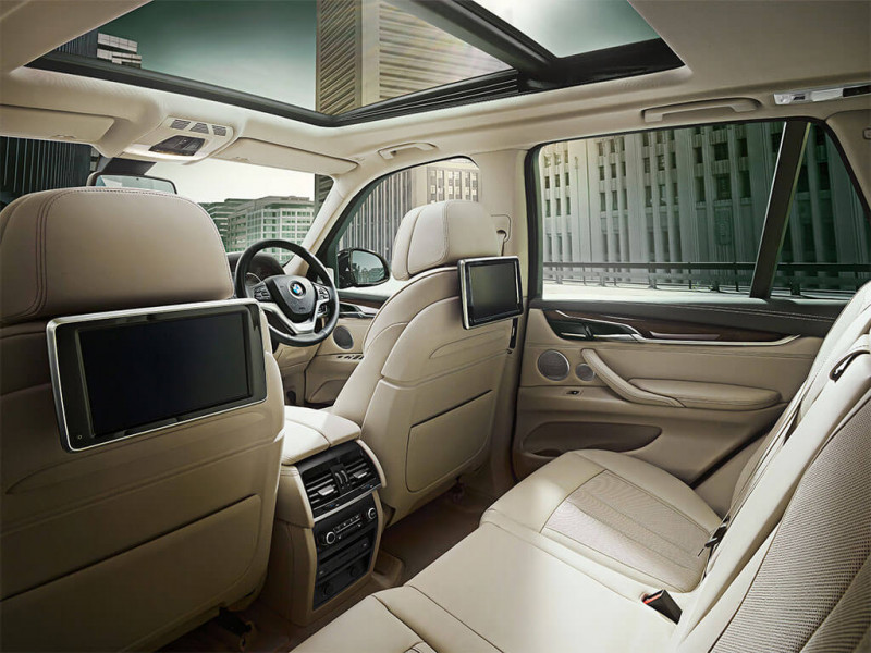 BMW X5 Photos Interior Exterior Car Images  CarTrade