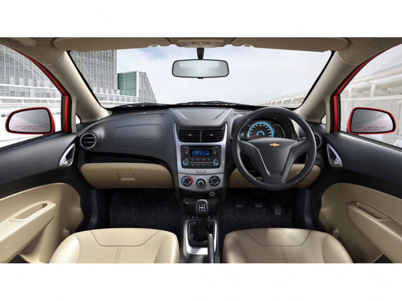 Chevrolet Sail Hatchback 1.2 Base Petrol Price ...