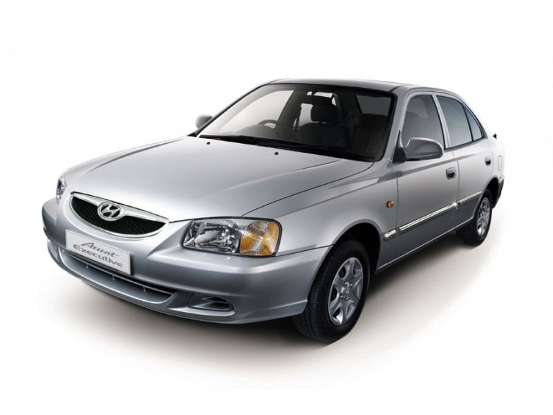 Hyundai Accent Photos, Interior, Exterior Car Images   CarTrade