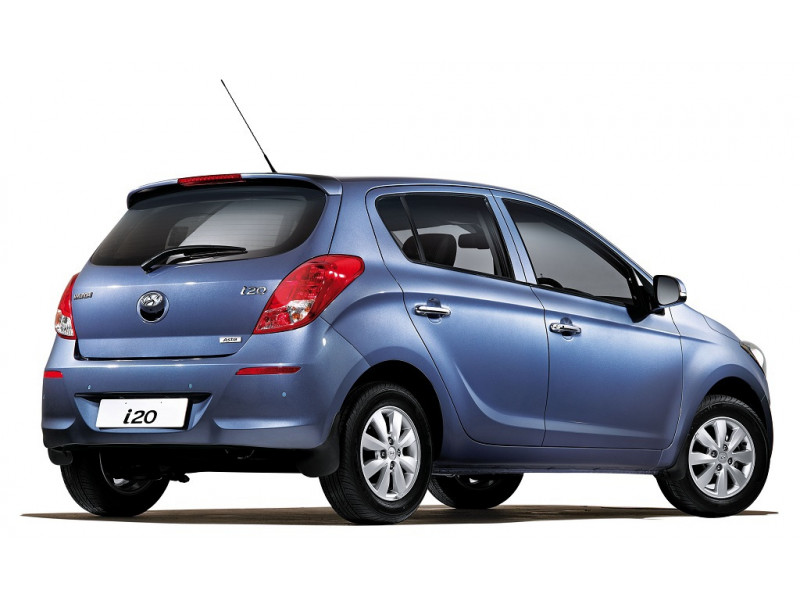 Hyundai I20 Reviews >> Hyundai i20 Asta Petrol Price, Specifications, Review | CarTrade