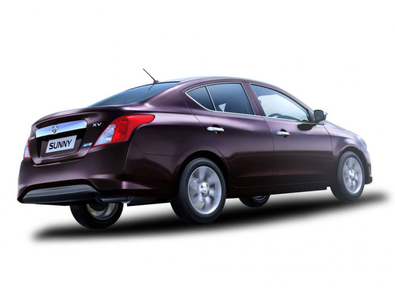 Nissan Sunny Photos Interior Exterior Car Images Cartrade