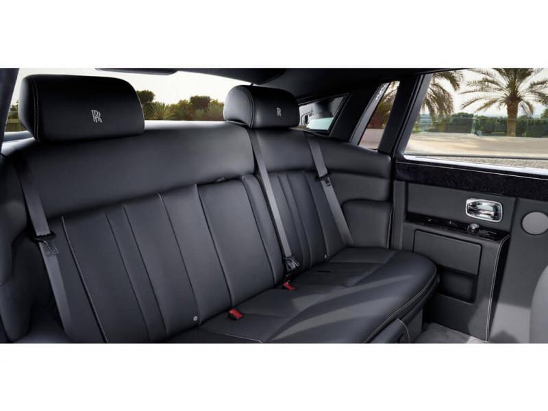 Rolls Royce Phantom Photos, Interior, Exterior Car Images ...