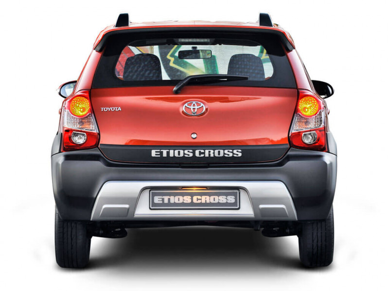 Toyota Etios Cross G 1 2l Petrol Price Specifications