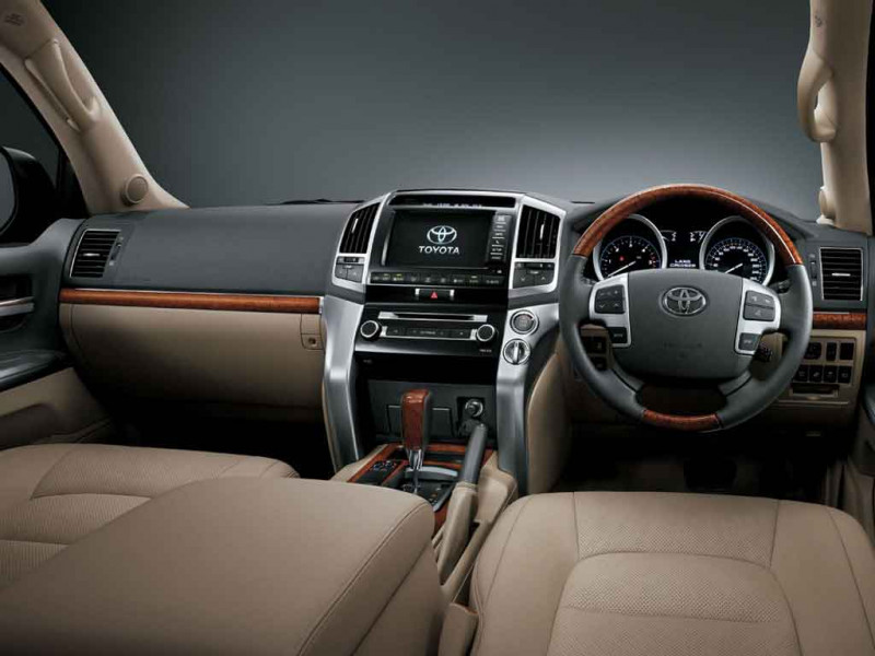 Toyota Land Cruiser Photos Interior Exterior Car Images Cartrade