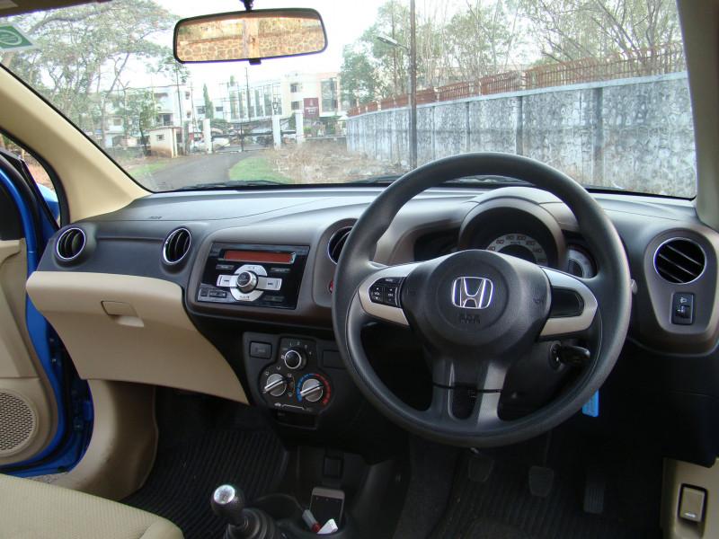 Honda Brio Picture 23