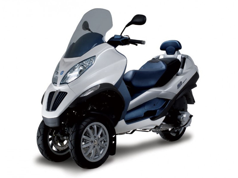 piaggio brings  hybrid  scooter  india