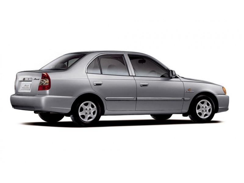 Honda Amaze PetrolDiesel MT Vs Hyundai Accent Petrol
