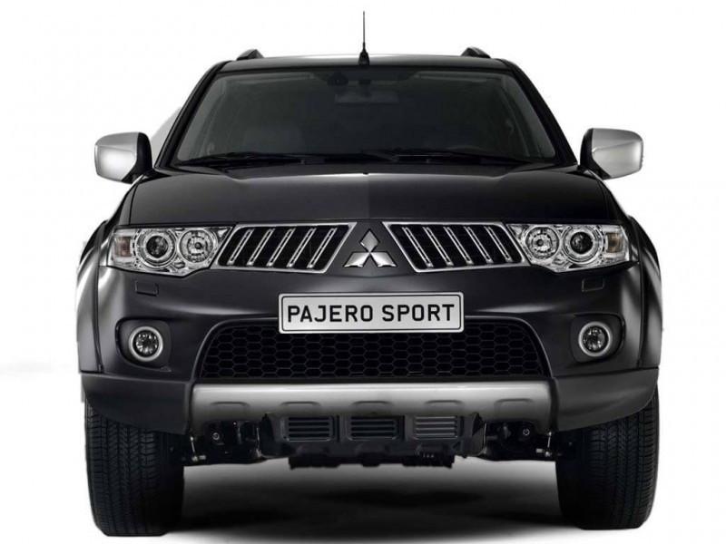 Mitsubishi Pajero Sport Diesel MT Vs Toyota Fortuner Diesel MT